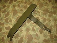 Grease Gun Bracket, Halter für Fettpresse - US Army USMC WWII WK2 Willys Jeep
