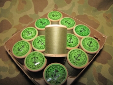 1 Rolle khaki Nähgarn / Sewing Thread - US Army USMC WWII WK2