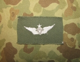 Senior Air Crew Member Badge - weiß auf OD - US Army Vietnam Aviation